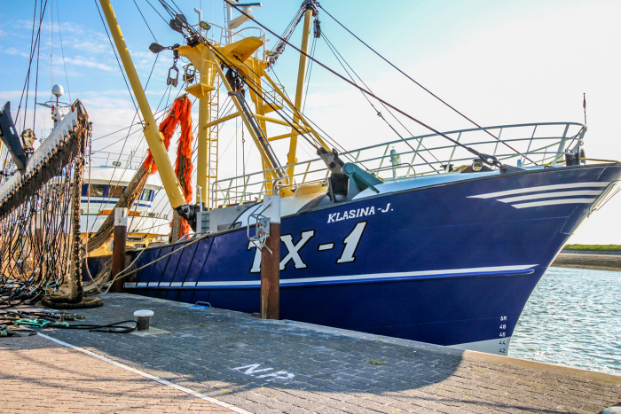 A fishing boat docked at a Texel harbour © Catherine Le Nevez - Lonely Planet