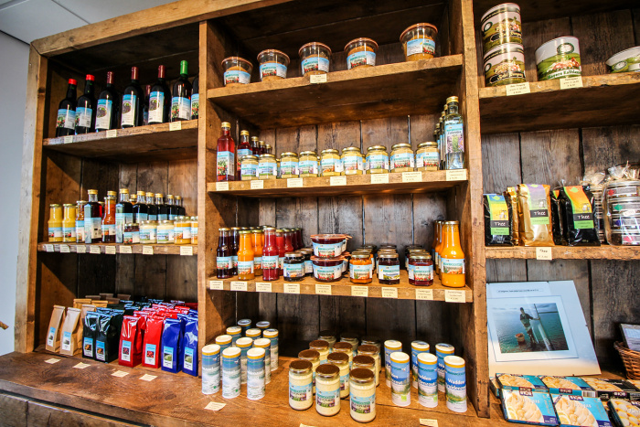 De Kade stocks a variety of Texel-made products © Catherine Le Nevez -  Lonely Planet